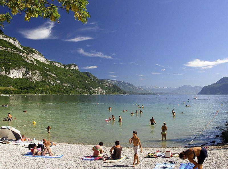 baignade-au-lac-du-bourget-plage-de-chatillon.modif_